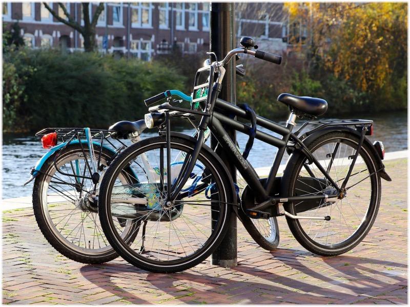 自転車の鍵かけ