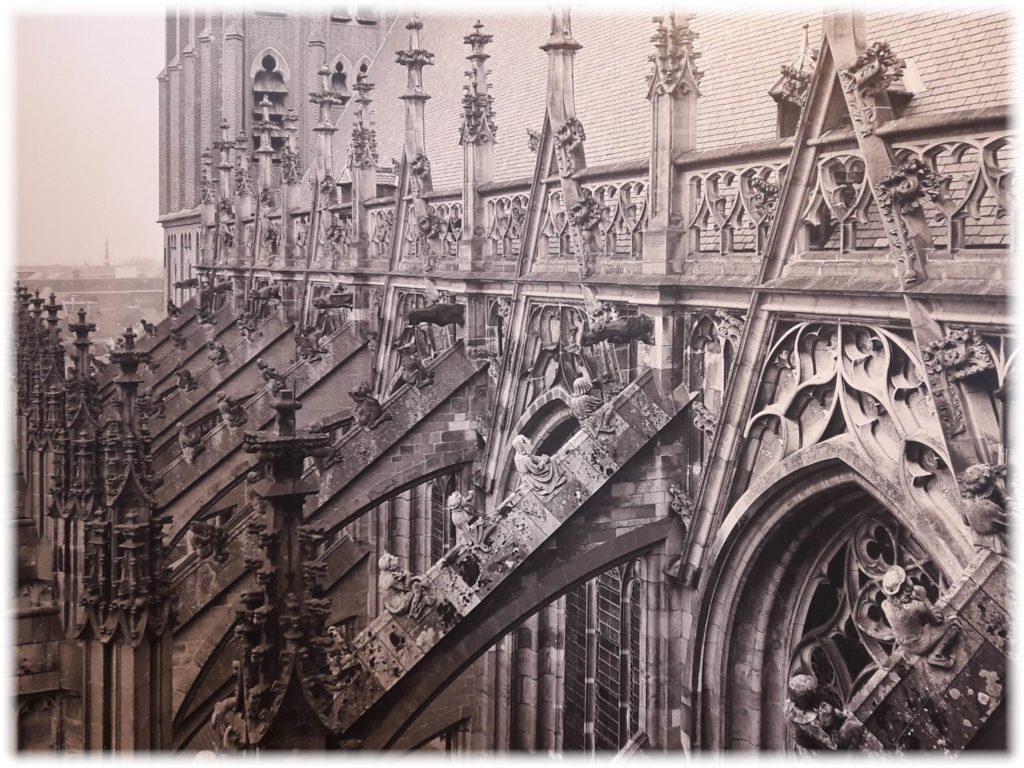 聖ヤン大聖堂の彫刻