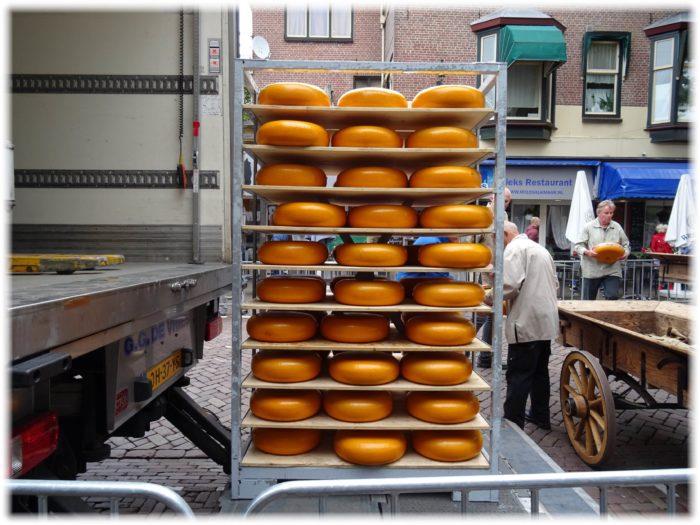 チーズ運搬用台