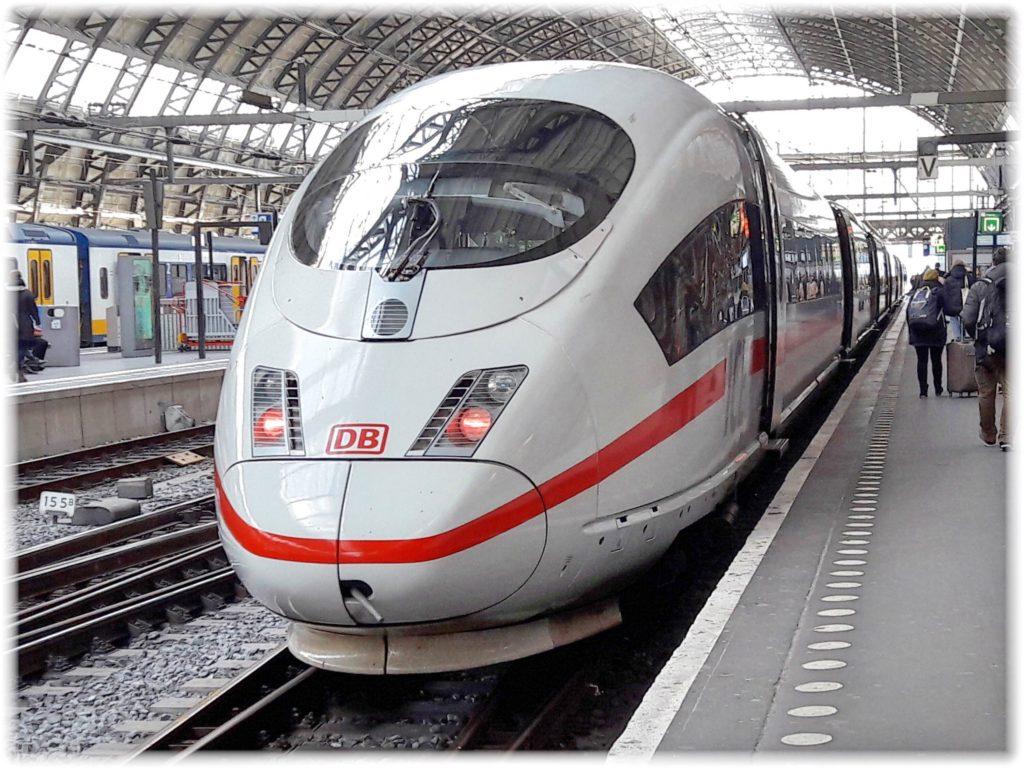 ドイツ高速鉄道ICE
