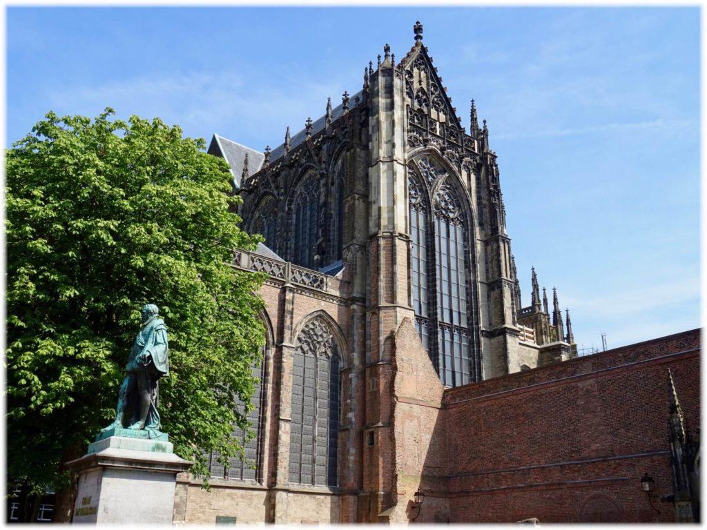 オルガンのあるドム教会