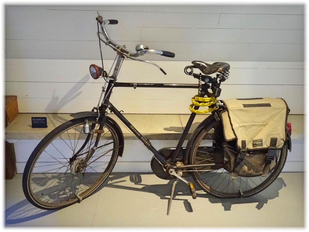 ブルーナさんの自転車