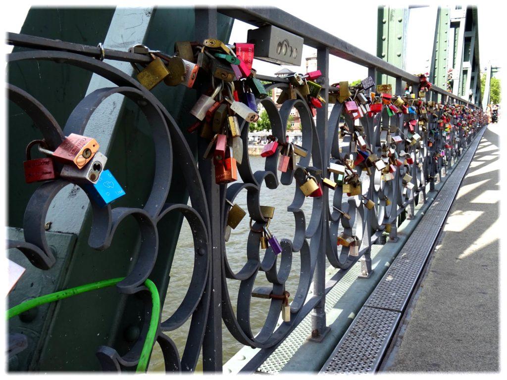 アイゼルナー橋の南京錠
