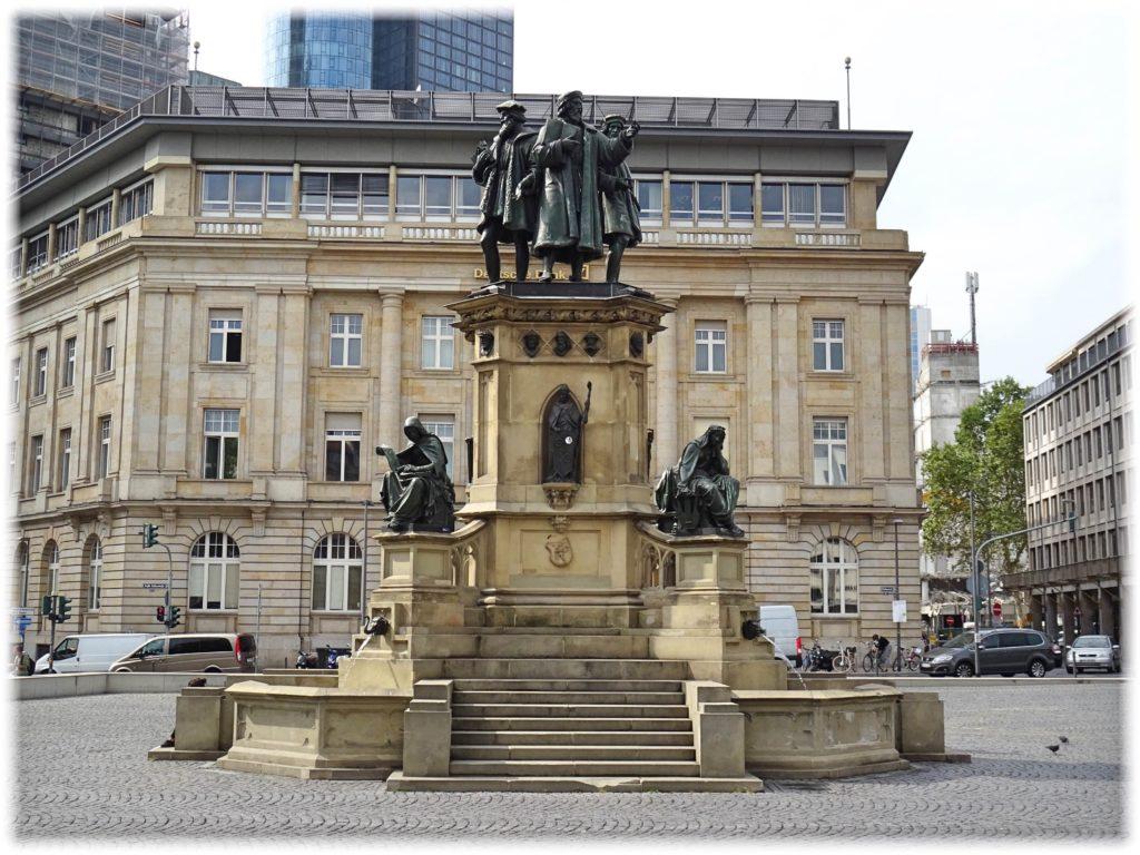 グーテンベルク記念碑
