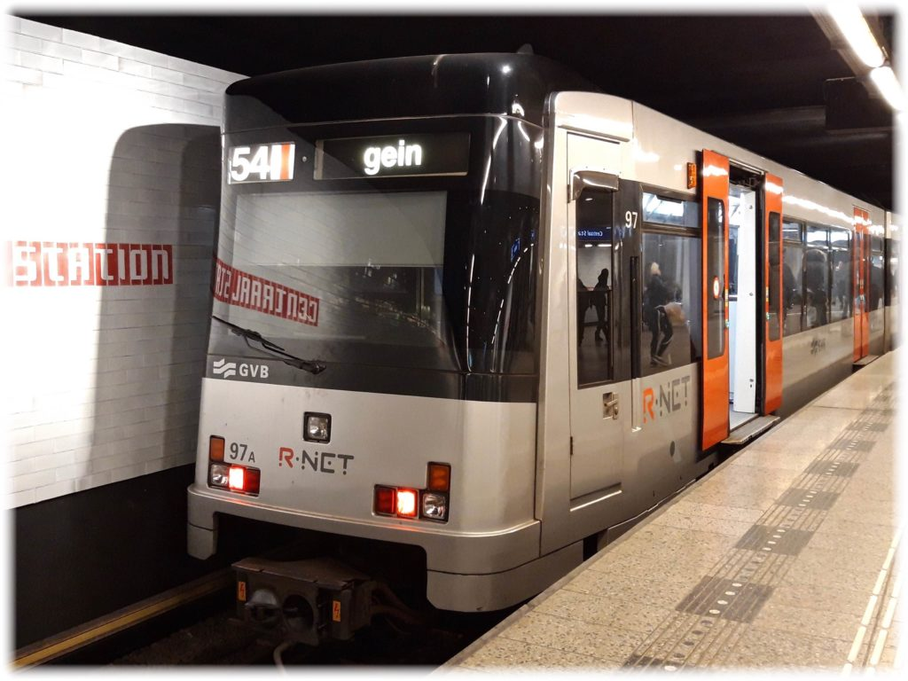 R-NET、GVBの地下鉄