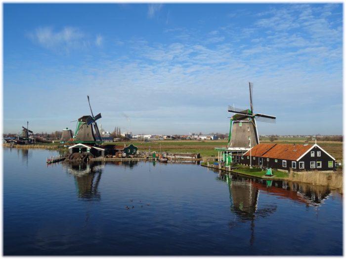 ザーンセスカンスの風車と風景