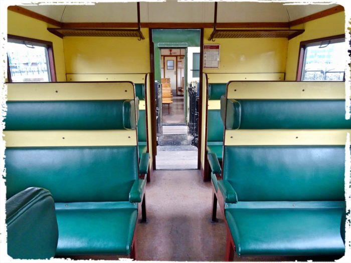 ソフトシートの客車