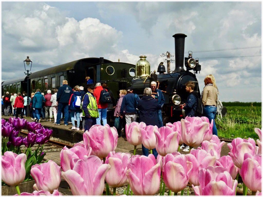 走るミュージアムの蒸気機関車