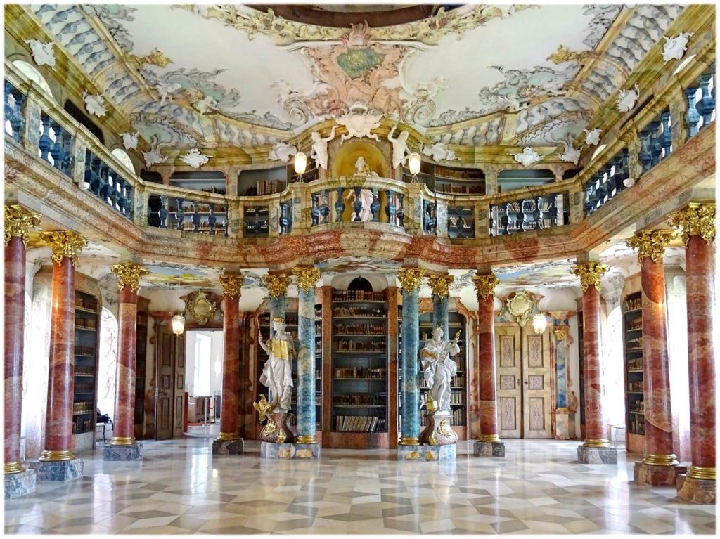 ヴィブリンゲン修道院の図書館