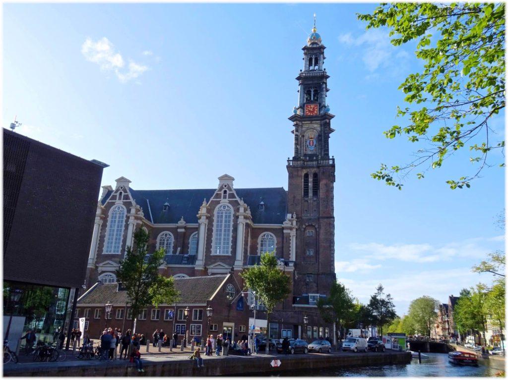 トラムでアムステルダムの西教会