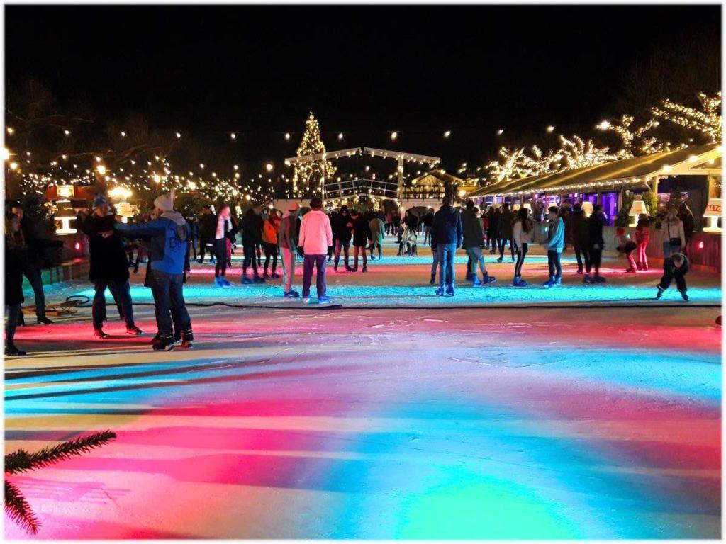 アムステルダム夜のスケート場