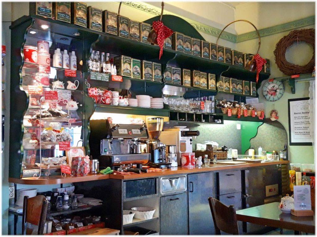 ハーレムのカフェのキッチン