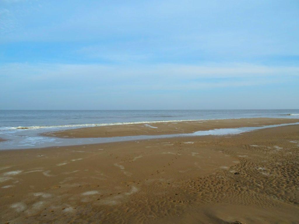 エグモントの海岸