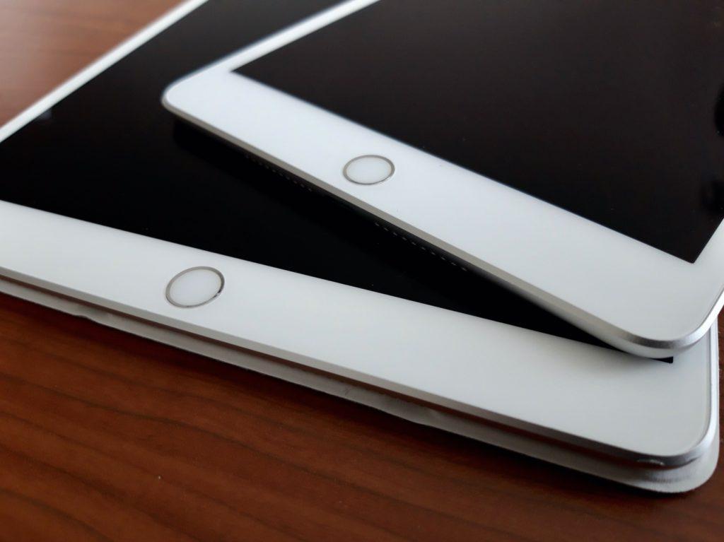 iPadホームボタン