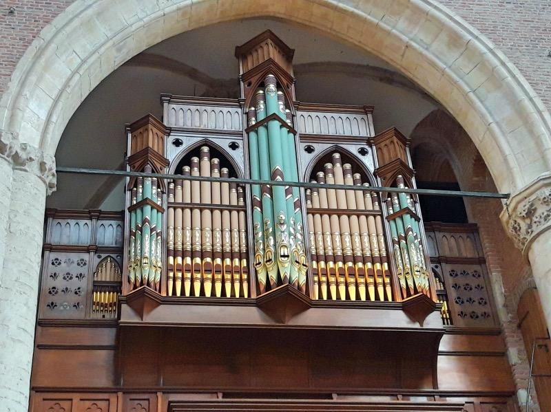 ピータース教会の小さなオルガン