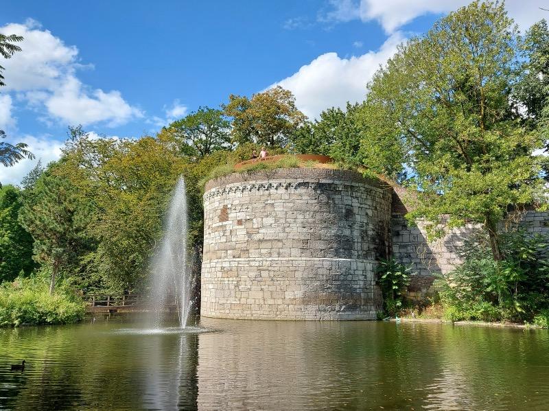 城壁の円筒