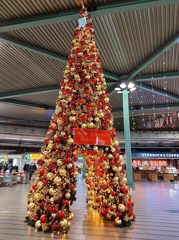 スキポール空港内のツリー