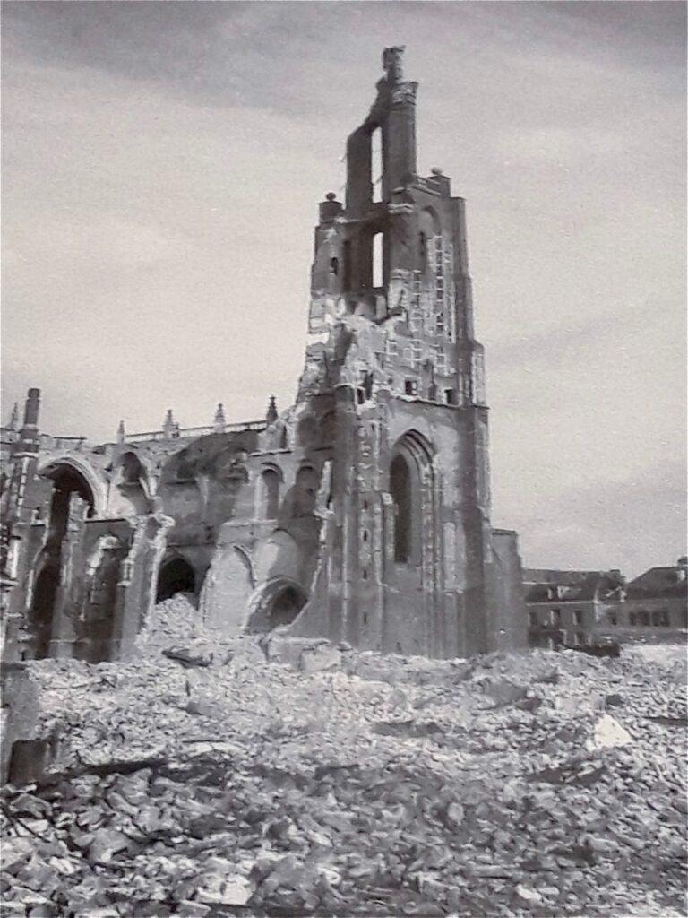 破壊されたアーネムの教会