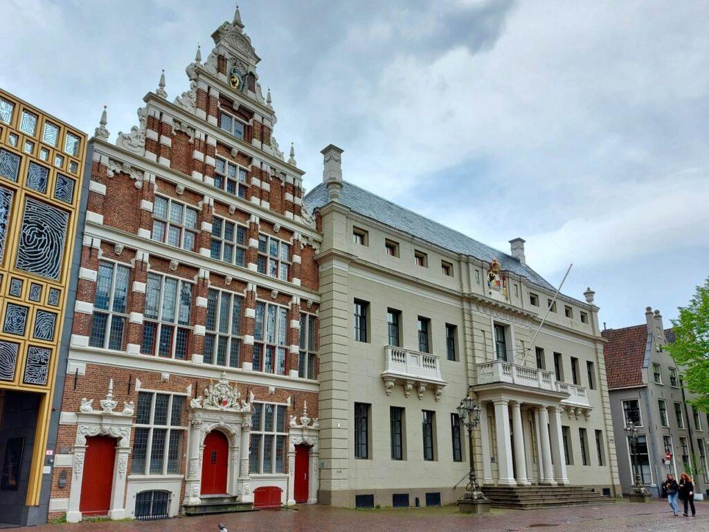 デフェンター市庁舎